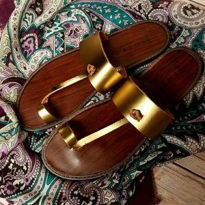 Tweeds Gold Leather Toe Sandals